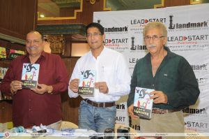 Satyen Nabar at the launch of his book with Naseeruddin Shah
